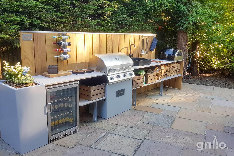 Branksome Park Grillo kitchen with High back iroko