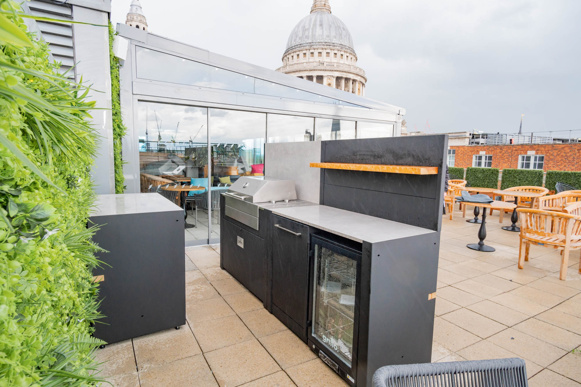 Voltiq Electric BBQ Vantage Roof Top Terrace Londonelectric grills for roof terraces