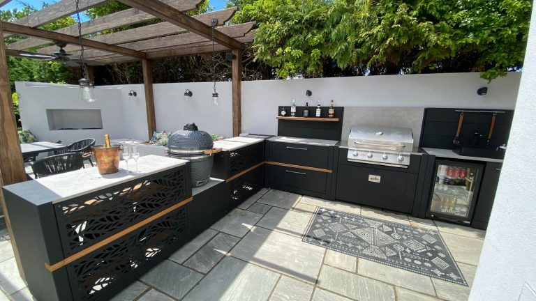Outdoor kitchen design Jersey Competition L Shaped Vantage Gas Gusto Bar