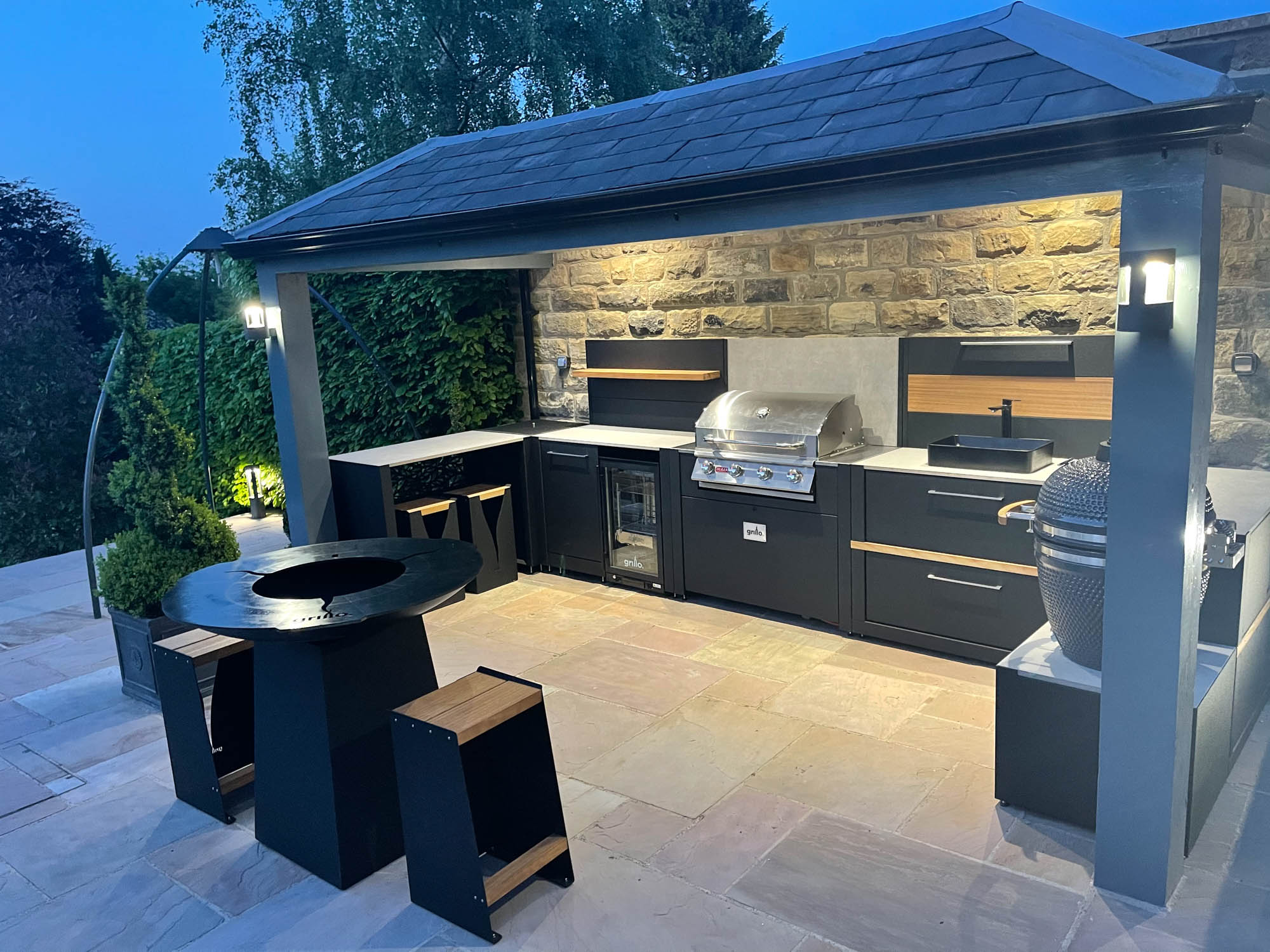 Competition Vantage Gas BBQ Anvil Gusto Bar Sheffield